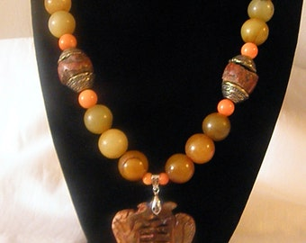 Beautiful Ecru Genuine Jade Stone Necklace