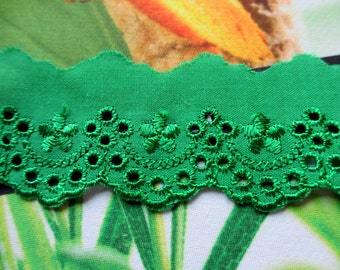 5 Yards 35 mm Vintage Lace Ribbon Trim Embroidered Eyelet Green Cotton Lace Scallop Edge