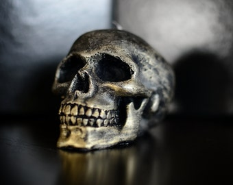 Handmade Skull Candle Black Gold