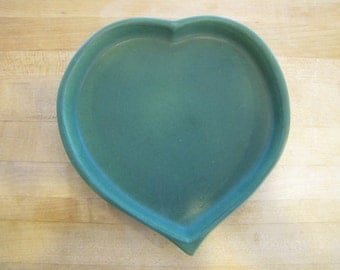 Green Bennington Pottery Heart Plate, Bennington Pottery, Green, David Gill, Vermont, American, Art Pottery, Plate, Pottery, Heart