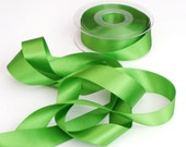 Meadow Green Double Satin Ribbon 25mm (1 inch) width, Berisfords shade no. 664