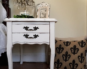 SOLD Vintage French Provincial Side Table Shabby Chic