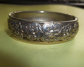 Reserved Silver Bracelet with Floral and Celtic Design - Hinged - Snap Clasp Closure