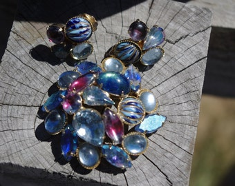 Vintage 1960s Flower Pin / Brooch & Earring Set Blue Purple AB Rhinestone Faceted