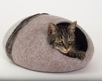 Cat bed/cat cave/cat house/grey/light brown felted cat cave (With GIFT pad)