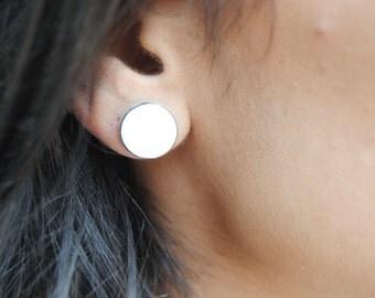 clear white stone stud earrrings
