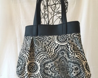 Sweet Pea Purse with Leather, Shoulder Bag, Purse, Medium Purse, Leather and Fabric Purse, #4015