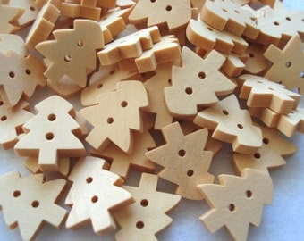 18mm Christmas Tree Shape Wood Buttons Pack of 50 Tree Buttons CR25