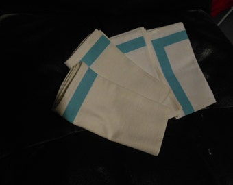 Set of 4 Cotton Napkins White w/ Turquoise