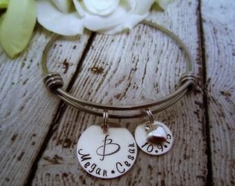 Wedding Date Bracelet, Bridal Shower Gift, Gift for Bride, Monogram Bracelet, Personalized Wedding Date Jewelry, Bridal Charm Bracelet