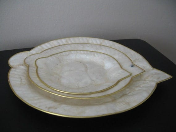 Vintage mother of pearl fish shaped plates set of three for Fish shaped plates