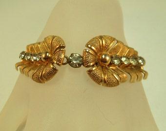 Unusual Vintage Rhinestone Retro Bracelet