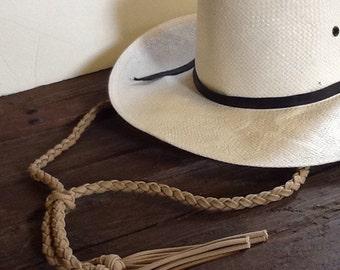 Stampede string tan