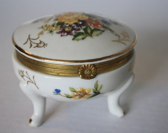 Vintage Painted Flower Rose Porcelain Jewelry Trinket Box