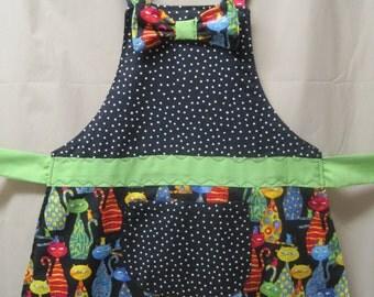Aprons - Girls apron - Girls  Cat  apron - Girls cute apron - Kitten apron - Cat apron - Girls  craft  apron  - Handmade - Size 4-7