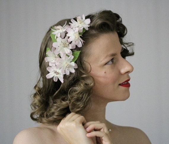 1940s Hairstyles- History of Women's Hairstyles Vintage Headpiece Light Pink Headband Floral Fascinator Silk Flower Hair Accessory Blush Hairpiece 1950s Cosmos - Clandestine Gardens