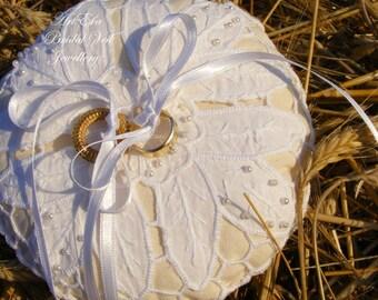 Like a sweet candy pillow - Wedding Ring Pillow - Bearer Ring Pillow - Rustic Wedding - Vintage Lace Wedding Ring Pillow - Burlap pillow