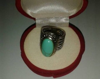 Vintage Turquoise Costume Jewelry Ring