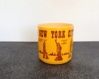 Vintage New York City Souvenir Mug - Federal Glass - 1970's New York City Cityscape