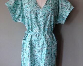 Nurse Uniform Dress, Scrub Dress, Size Large