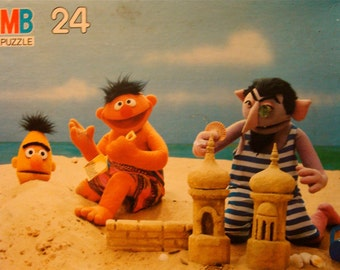 Sesame Street Puzzle, Ernie, Bert and the Count at the Seashore Vintage 1985 SALE!