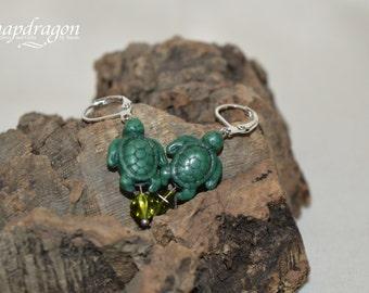 Cute turtle earrings, green magnesite