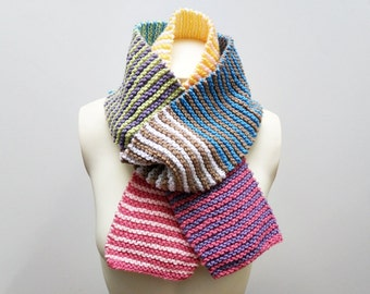 Knit / Colorful Striped Scarf