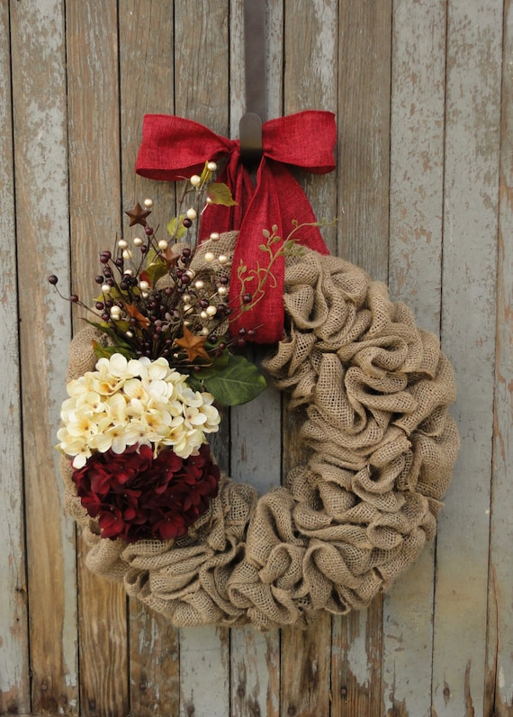 Cream and Red Christmas Wreath, Christmas Burlap Wreath, Hydrangea Christmas Wreath, Hydrangea Burlap Wreath, Holiday Burlap Wreath, Wreath