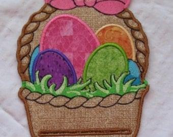 April Magnetic Embroidered Notepad Holder