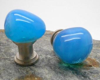 Knobs, Stone Knobs, Cabinet Knobs, Turquoise Glass Cabinet Knobs  - Set of 2, Glass Knobs, Kitchen cabinet knobs, Beach Decor
