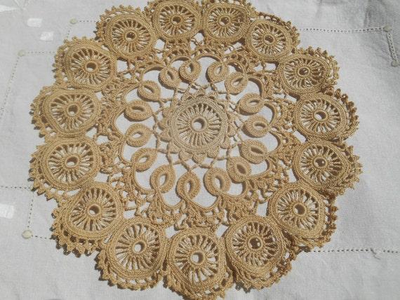 Vintage Beige Art Lace Lace Doily Cotton Round Shape Table Center Sewing Assemblage #sophieladydeparis