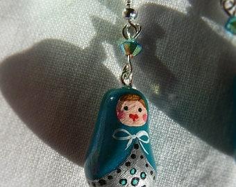 Dangling earrings Russian dolls - matriochka - Peacock blue or green