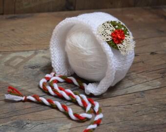 Christmas baby girls Bonnet, Baby Christmas Hat, Newborn baby girl Christmas hat, Romantic vintage white hat, Newborn Christmas Photo Prop