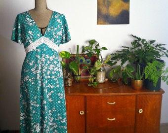 Lola Vintage Dress