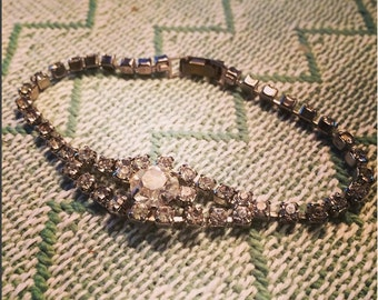 Vintage costume jewelry rhinestone bracelet