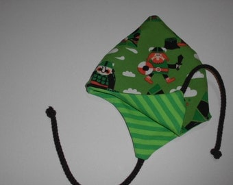 Organic baby bonnet to turn KU 32-40 cm with Vikings and cords