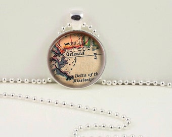 Vintage New Orleans Pendant or Keychain