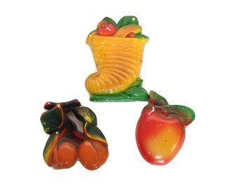 Vintage chalkware fruit plaques colorful retro wall hangings
