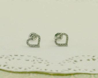 Sterling Silver Dainty Heart Stud Earring
