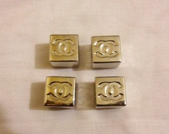Chanel Pendant - Chanel CC Logo 1 pc /accessories,dice,charm