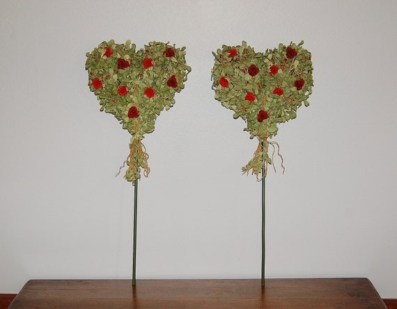 Faux Boxwood Hearts On Stick Red Rose Accent Valentine S