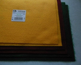KUNIN Rainbow Classic Felt Six  9x12  Sheets Assorted 2@ Gold (Yellow), Kelly Green, Ruby (burgundy)