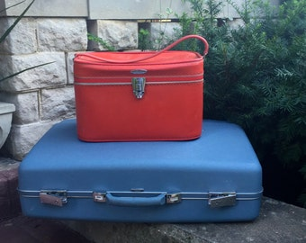 REDUCED  Vintage Bright Red Train Case, Sears