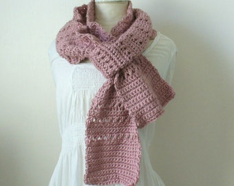 winter scarf in antique victorian rose - hand crocheted by Heidi & Honigbiene