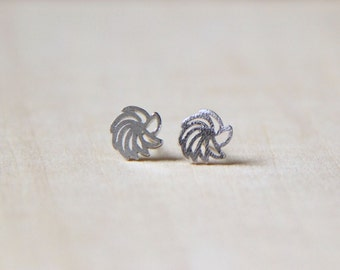 Sterling Silver swirl stud earrings. Everyday earrings