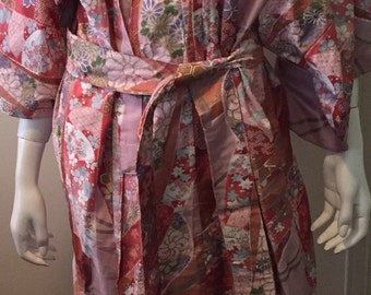 Vintage new deadstock Japanese cotton kimono floral feminine cotton gorgeous! One size Made in Japan