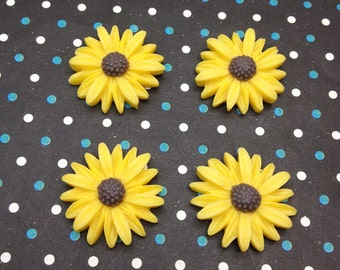 50pcs 25mm Flower Cabochons Resin Flowers yellow color resin Sunflower charms