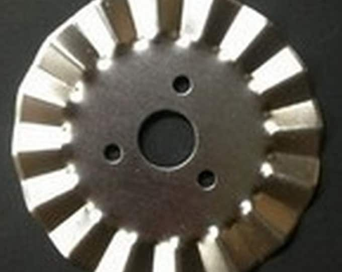 Replacement Pinking Rotary Blades - Fits Olfa, Fiskars, KAI & more - 45MM