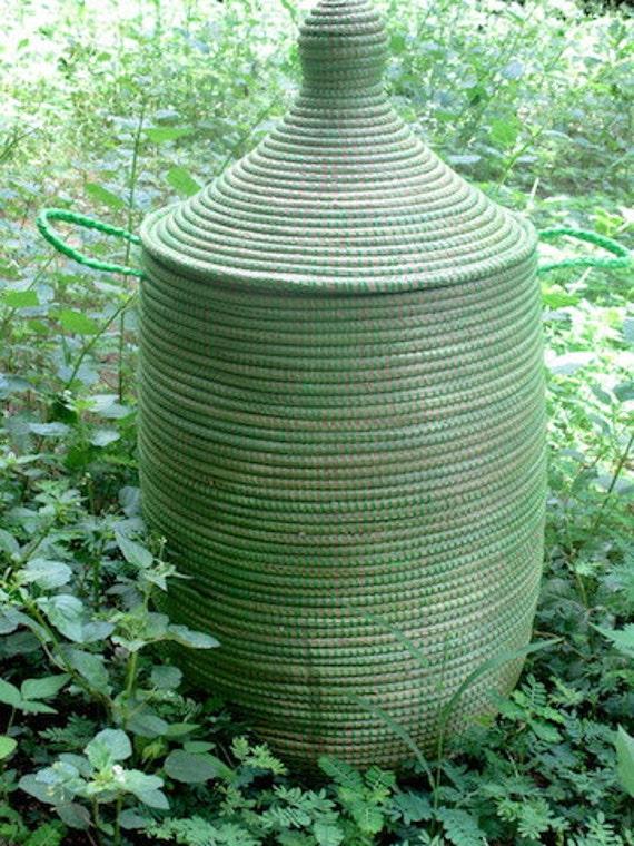 panier linge africain vert menthe panier couvercle vert. Black Bedroom Furniture Sets. Home Design Ideas