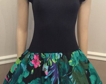 All That Jazz Totally Classic 80's Bubble / Floral / Shoulder Pads / size Small  / mini dress .